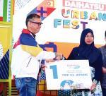Guru SMK Raih Daihatsu Setia 2019