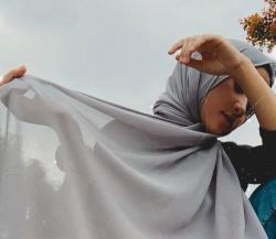 Heboh Nissa Sabyan Pelakor, Dituding Ada Affair Dengan Keyboardist
