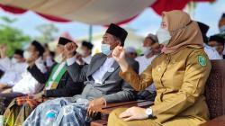 Bupati Inhu Sampaikan Kado Indah Presiden di Hari Santri 2021