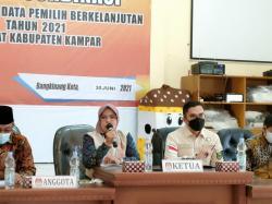 Manfaat Tiktok untuk Tunjang Kinerja, Edwin Puji KPU Kampar