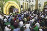 Konsentrasi Massa Terpecah saat Malam Pergantian Tahun Masjid dan RTH Jadi Dua Lokasi Pusat Keramaian