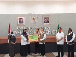 Bansos Rp300 Ribu Pemprov Riau Disalurkan untuk 212.893 Kepala Keluarga