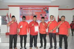 Hendri Sandra-Rizal Akbar Terima SK DPP PDIP
