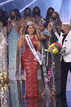 Lockdown Antar Meza Jadi Miss Universe
