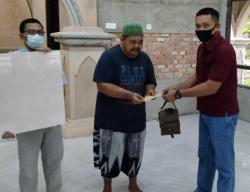 Bantu Pembangunan Masjid dan Aspal Jalan