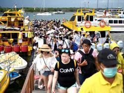 Warga Sumbar Tolak Turis Cina,  Khawatir Tertular Virus Corona