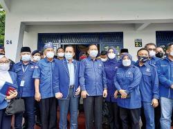 Demokrat Riau Kunjungi Markas Nasdem