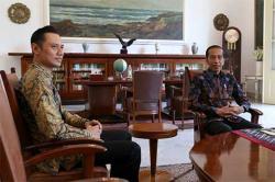 AHY Ketemu Presiden Jokowi Bicarakan...