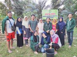 Mahasiswa Kukerta Unri Berinovasi dengan Ikan Patin