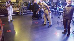 Cek Physical Distancing di Tempat Hiburan Malam