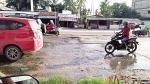 Air Limbah dari Drainase Genangi Jalan