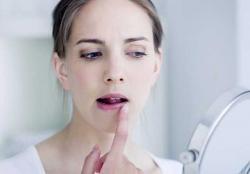 Perawatan Bibir Agar Tak Hitam dan Lebih Lembut