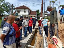 Pembangunan Bisa Sebabkan Banjir, Warga Villa Putri Duyung Protes
