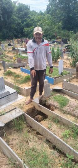 Diguyur Hujan, Puluhan Makam di Pangkalan Kerinci Amblas