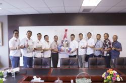 Astra Group Siapkan Tong Sampah di Fasum