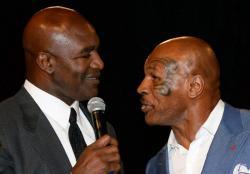 Mike Tyson Pilih Lawan Mantan Juara Dunia 4 Kelas