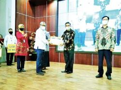Rohul Juara I Pelayanan KB Sejuta Akseptor se-Indonesia