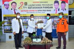 PKS Salurkan Rp68,9 M untuk Bantu Penanganan Covid-19