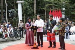 Presiden Bagi-bagi Sepeda di Tahura