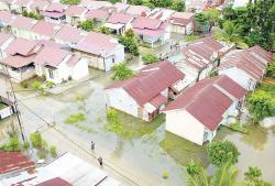 Banjir tanpa Solusi, Ratusan Rumah Warga Terendam