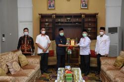 Gubri Minta PKS Riau Dukung Program Pemprov