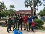 Sadar Bahaya Pandemi, Warga Kampung Baru Disinfeksi Lingkungan