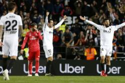Gawat, 35 Persen Skuad Valencia Positif Corona