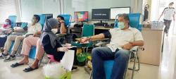 Donor Darah Peringati Setahun Beroperasinya Tol Permai