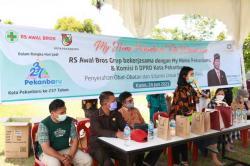 RS Awal Bros Beri Bantuan Obat dan Vitamin untuk Tumbuh Kembang Anak