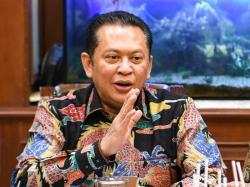 Ketua MPR: Bersatulah, setelah Corona, Ada Resesi Ekonomi Menanti