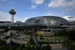 Bandara Changi Ditutup 2 Pekan untuk Umum