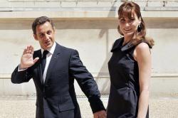 Meski Divonis Penjara, Sarkozy Muncul Saat Luncurkan Buku