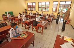 Di Meranti, Belajar Tatap Muka Kembali Diizinkan