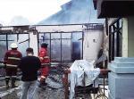 Tiga Rumah Terbakar