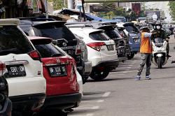Pertanyakan Parkir Dikelola Pihak Ketiga