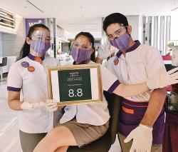 FOX Hotel Pekanbaru Sabet Dua Penghargaan