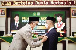 Prof Syafrinaldi Kembali Menjabat Rektor UIR 2021-2025