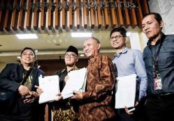 Tiga Pimpinan KPK Ajukan JR UU 19/2019 ke MK