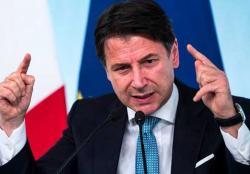 Italia Hentikan Sementara Semua Kegiatan Bisnis