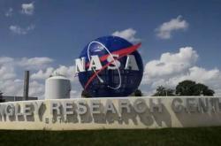 NASA Tunda Misi ke Bulan