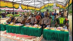 Polres Bengkalis Bersama DLCC Gelar Vaksinasi Suku Akit di Rupat Utara
