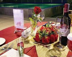 Nikmati Makan Malam Romantis di Novotel Pekanbaru