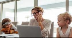 Stres, 40 Persen Ibu yang Bekerja Mengalaminya
