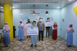 Kanca BRI Sudirman Pekanbaru Berikan Beasiswa untuk 25 Pelajar