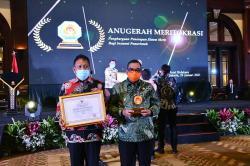 Riau Terima Anugerah Meritokrasi dari KASN