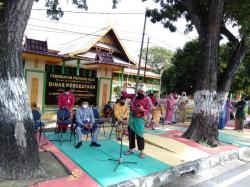 Disbud Riau Gelar Aksi di Trotoar