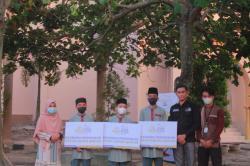 Tiga Kakak Adik Hafidz Quran Dapat Beasiswa Laznas DD Bengkalis