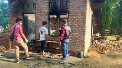 Lampu Teplok Jatuh, Ibu dan Anak Tewas Terbakar