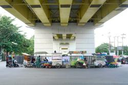 Sering Ditertibkan, Parkir Liar dan PKL Tidak Jera