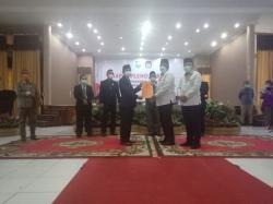 KPU Siak Tetapkan Alfedri-Husni Pemenang Pilkada